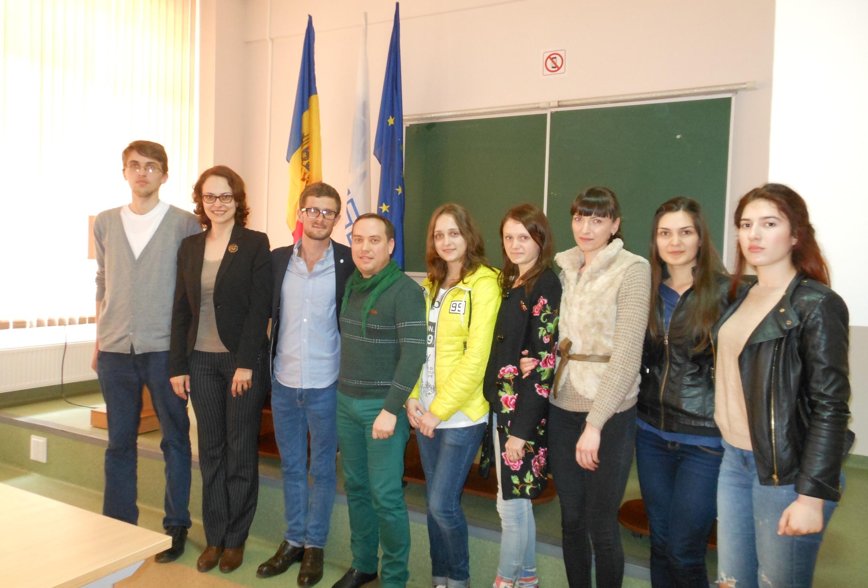 Voluntariatul și experiența multiculturală – o alternativă pentru inserția profesională a tinerilor