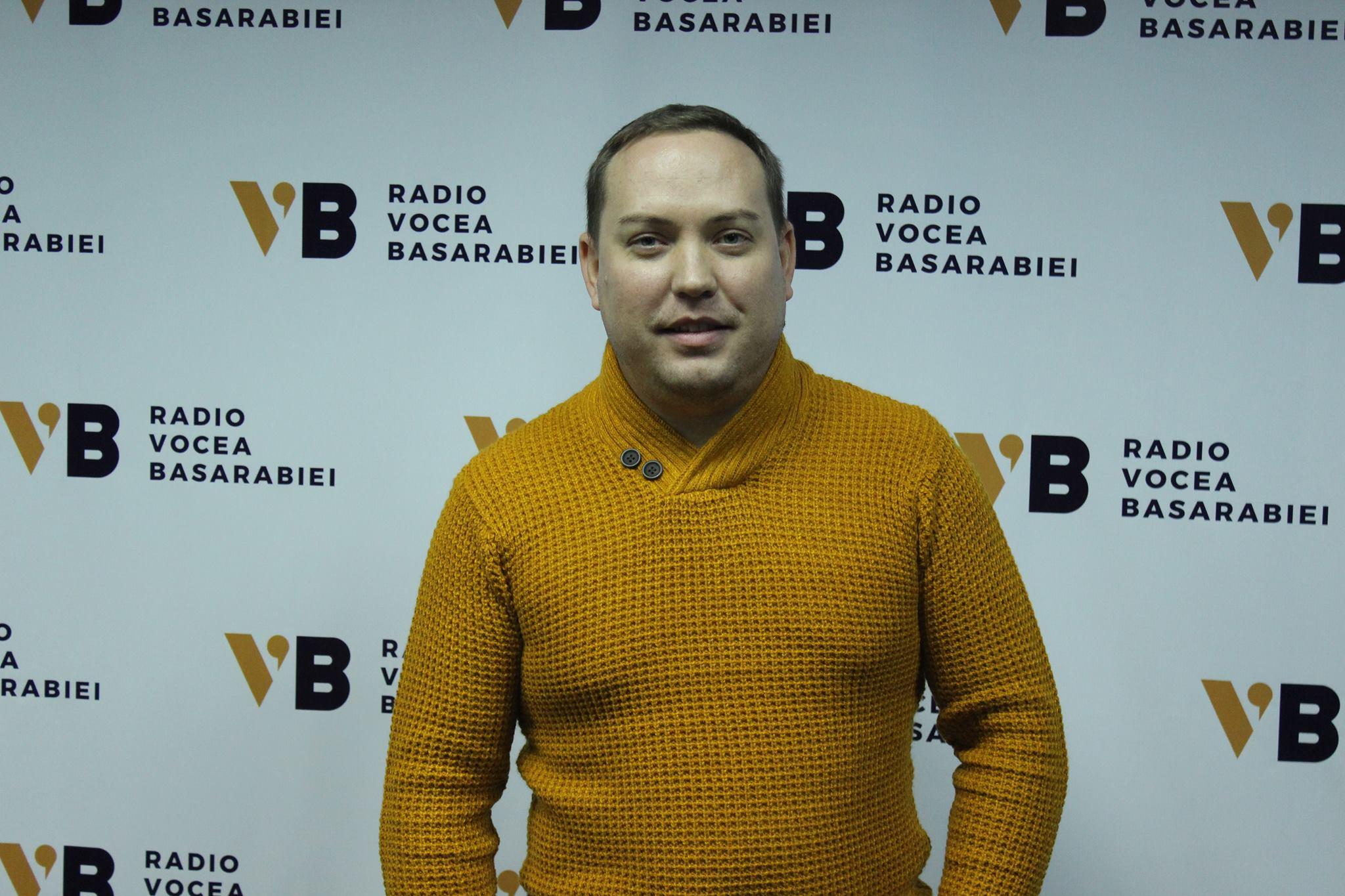 """Despre educație, francofonie și Unire la """"Întâlniri cu prietenii"""", o emisiune marca Vocea Basarabiei"""