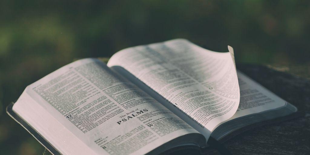 Biblia, primul Act al Unirii tuturor Românilor